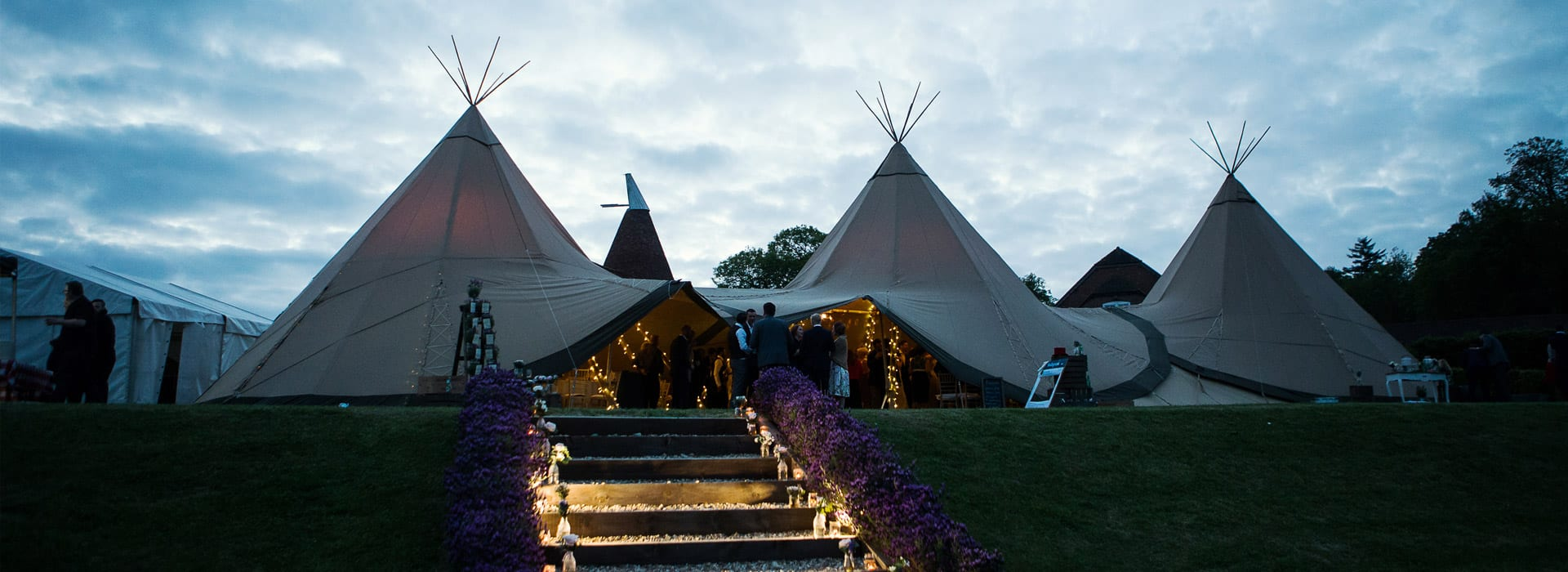 Tipi Wedding<br>Kent<br><span style=